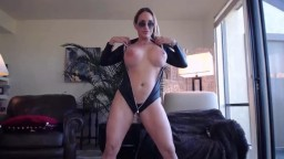 Busty queen of porn films Tegan here to be worshipped