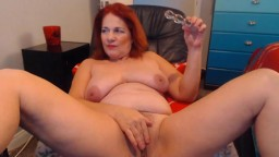 Vegas redheaded bad mother with hairy cunt fingering butt