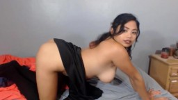 Little Chinese girl Jocelin Dia who wants to leave you shaking