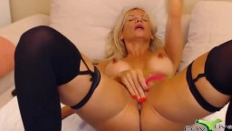 Blonde cock pleaser Luan with astonishing body and best cunt