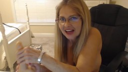 Filthy mouth eternity granny with deep throat and puffy cunt