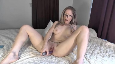 Stunning Ava Asher explores what makes her horny the most
