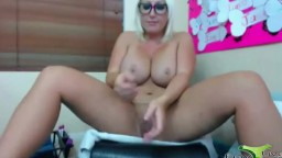 Horny huge DD busty female Carley Taylor squirting her cunt