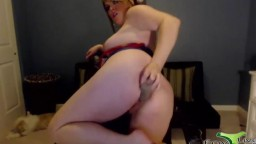 Cougar Lexis gets a wonderful squirting orgasm