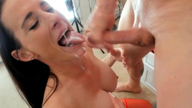 Mature Sofie Marie helps husband Spike finish in her mouth