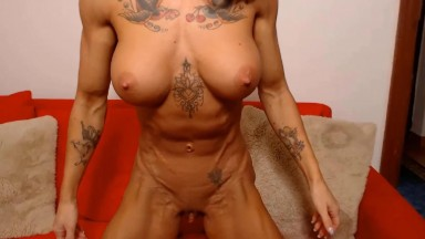 Fitness bikini Goddess demonstrates her powerful figure