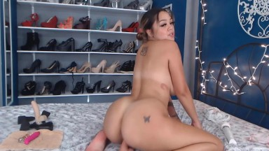 Magnificent Amira Alden helping to relax and have a good fuck