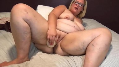 Alice to fulfill in reality dirty thoughts about your stepmom